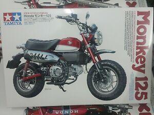 Tamiya 14134-1//12 Honda Monkey 125 Neu