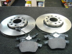 Audi A4 1.9 TDi 130 Drilled and Grooved Brake Discs Pads Front Rear 00-04 5 Stud
