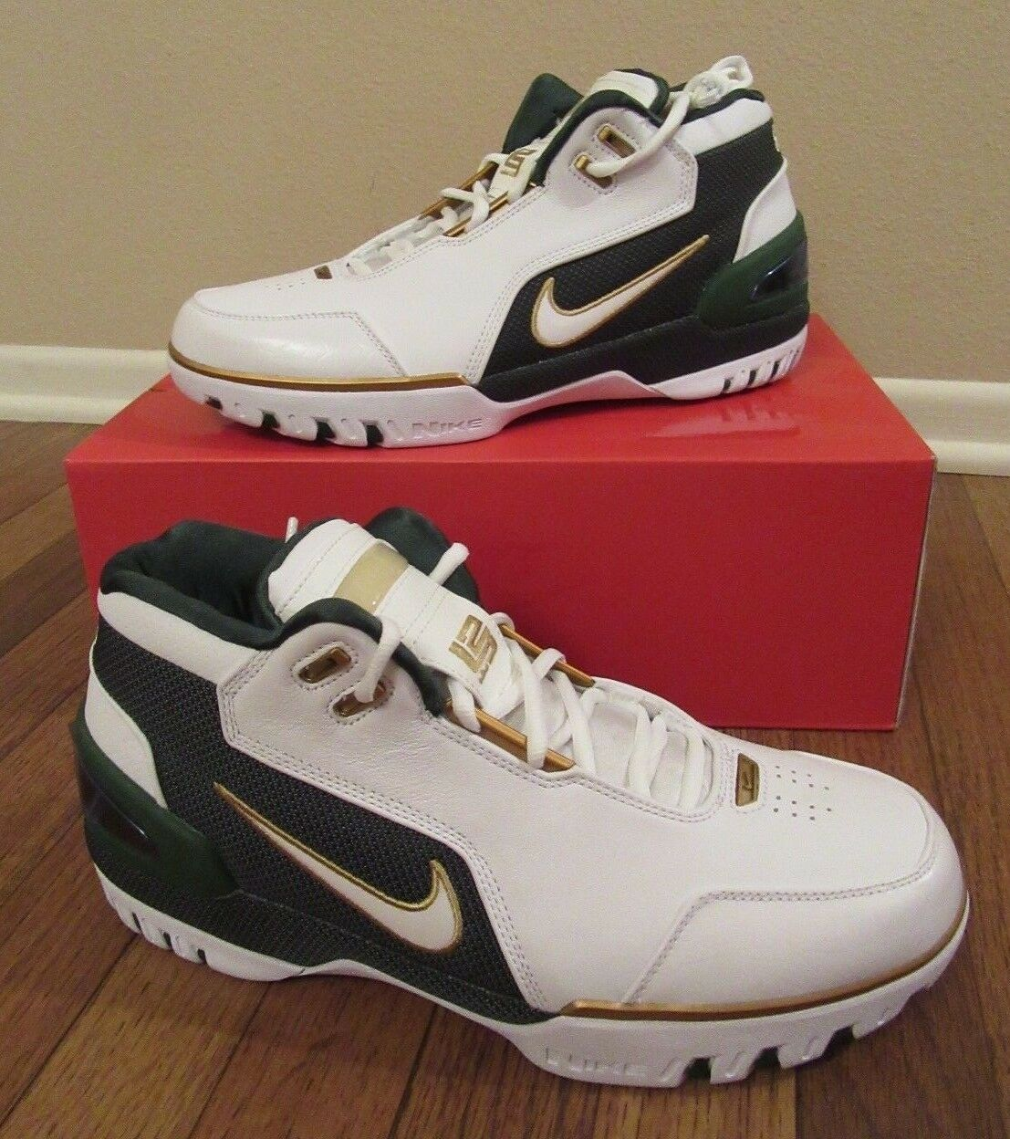 Nike Air Zoom Generation SVSM QS Size 11 White Metallic Gold Dust AO2367 100 NIB