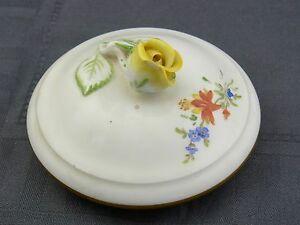Beautiful Porcelain Lid