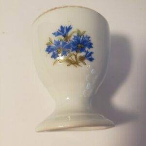 Vintage-Egg-Cup-White-and-Blue-Floral-Design