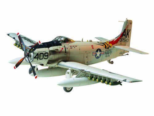 TAMIYA 1 48 Douglas A-1H Skyraider U.S.Navy Model Kit NEW from Japan