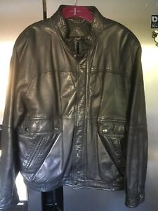 Vintage-Black-Soft-Leather-Bomber-Style-Jacket-St-Michaels-38-40-034-Chest