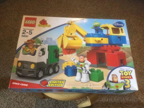 NIB Lego Alien Space Crane Box shows some wear. 5691