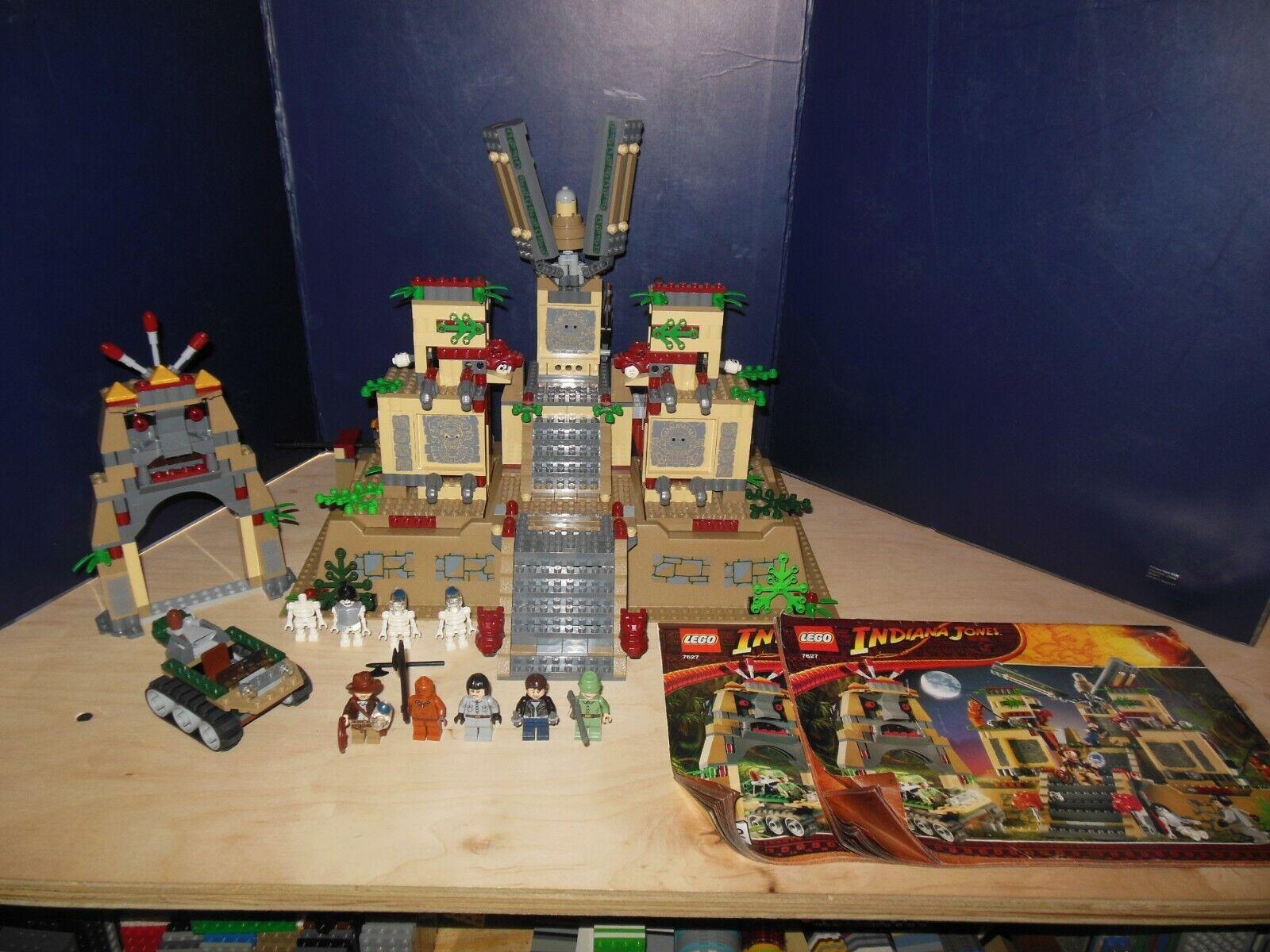 Lego Indiana Jones Set Temple of the Crystal Skull  7627 with uomouals  a buon mercato