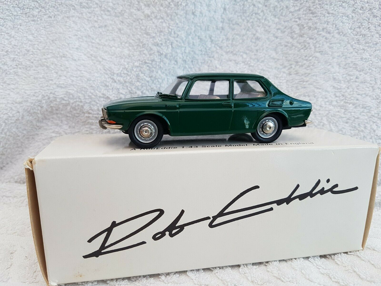 Rob Eddie 1 43 Scale No.3 1969 Saab 99 In Grün