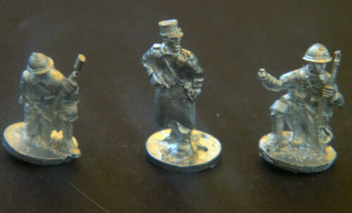 SHQ FE01 1//76 Diecast WWII French Infantry NCO Hand /& Grenade Launcher