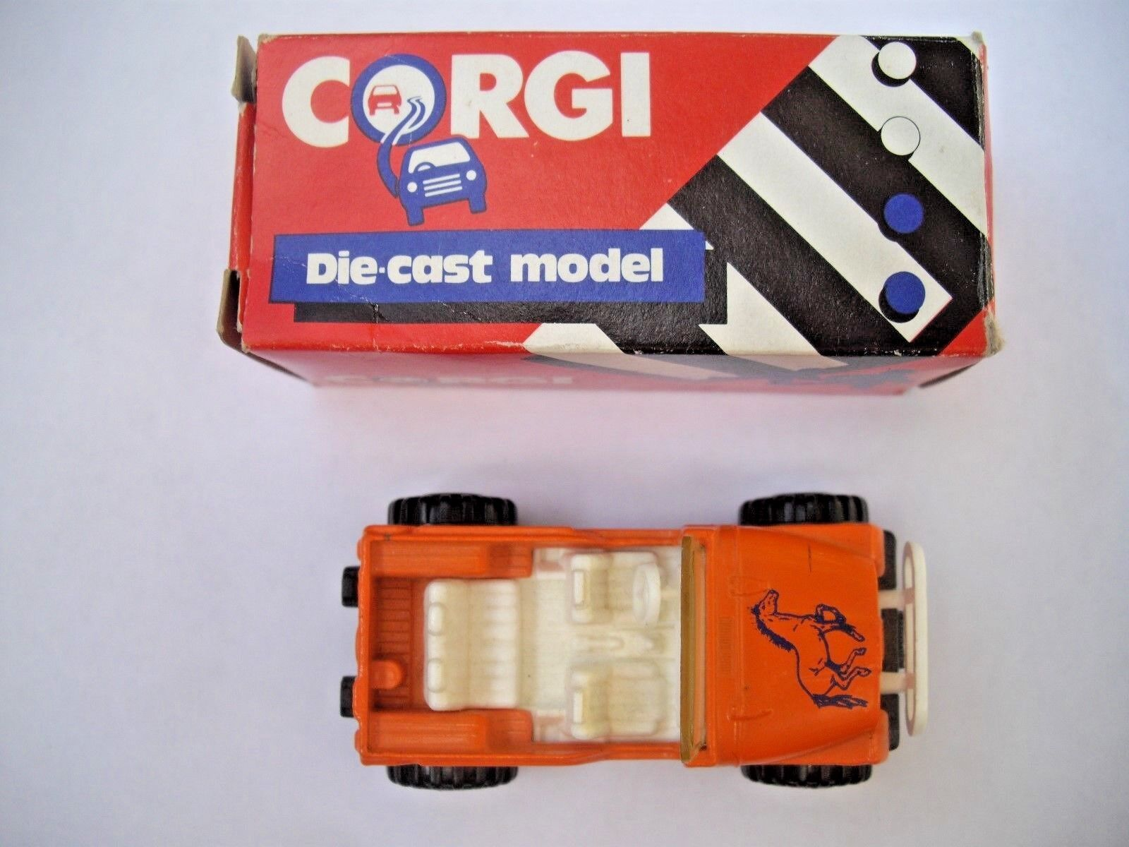 CORGI Die-Cast Modello Car:4 x x x 4 Jeep in Arancione nella scatola originale f43b9a