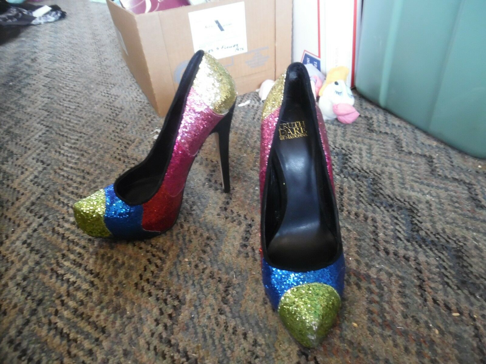 Truth or Dare by Mawomen colorful glitter  high heel pump shoes size 9 NEW