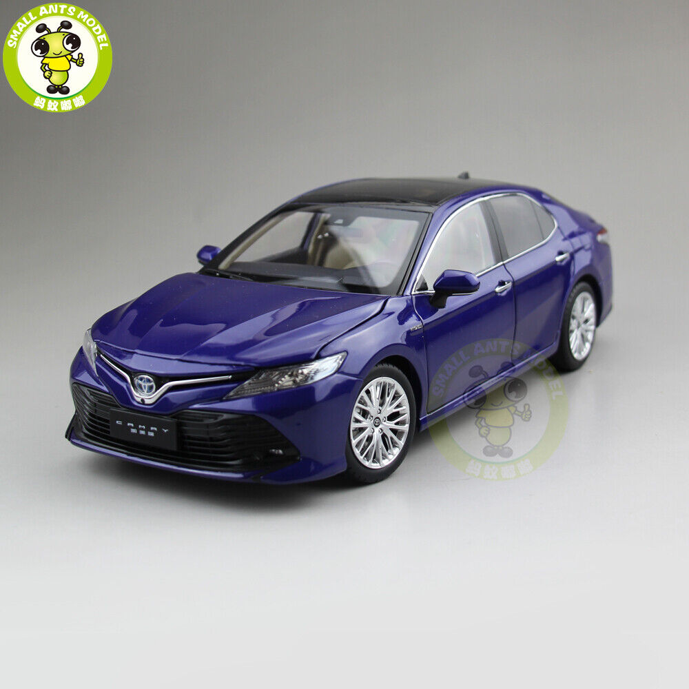 1 18 Toyota Camry 2018 8th generation hybrid Diecast Car Model Toys Gifts bluee