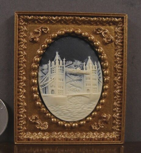 FRAMED  3D  CAMEO  PICTURE ~ London Bridge ~ Dollhouse  ~ 1:12 scale ~ Room Box