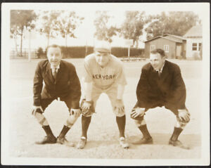 1932-Babe-Ruth-034-Perfect-Control-034-Photograph-EXTREMELY-RARE-PSA-DNA-Type-I