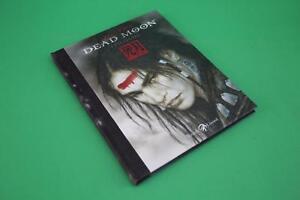 DEAD-MOON-EPILOGUE-LUIS-ROYO-RIZZOLI-LIZARD-2010-DVD-Z01-057