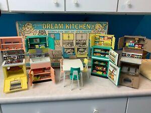Vintage-1960-039-s-Barbie-Deluxe-Reading-Dream-Kitchen-Set-Dinette-Set-amp-Accessories