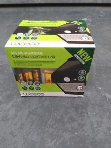 Wall Light Black 1.5W PIR