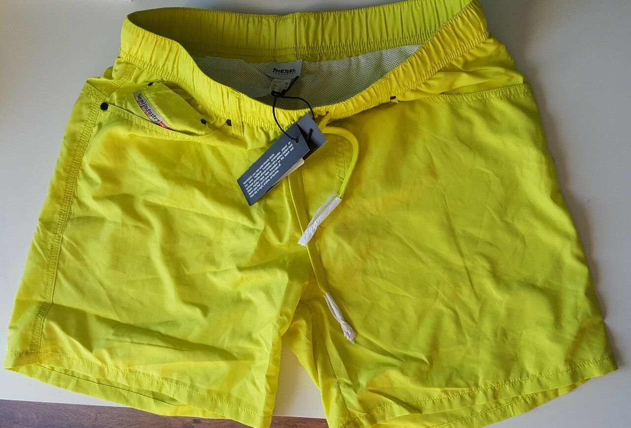 Diesel waykeeki swim shorts size m new