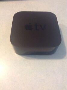 Apple-TV-32GB-4th-Generation-Gen-Siri-Remote-amp-HDMI-Cable-Model-A1625-M7V