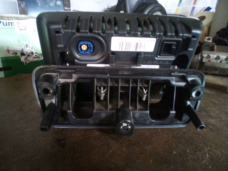 Mercedes benz w205 c class tv screens available