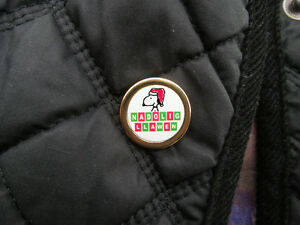 Nadolig-Llawen-pin-lapel-badge