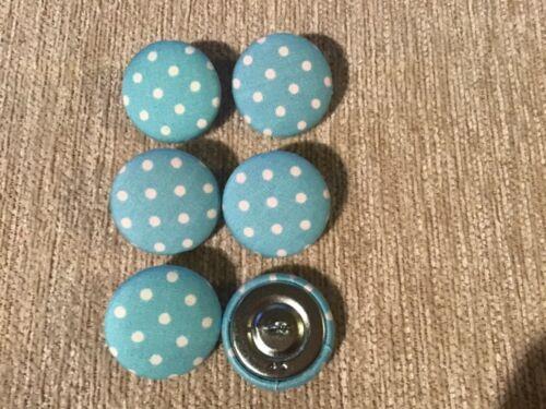 6 Spot De Algodón Lunares Azul De Bebé Botones 45L//28mm Artesanía coser Tapicería