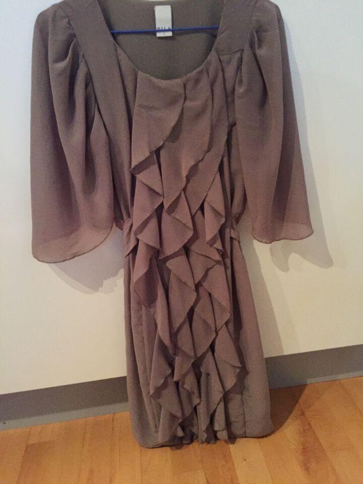 Anden kjole, Vila, str. S