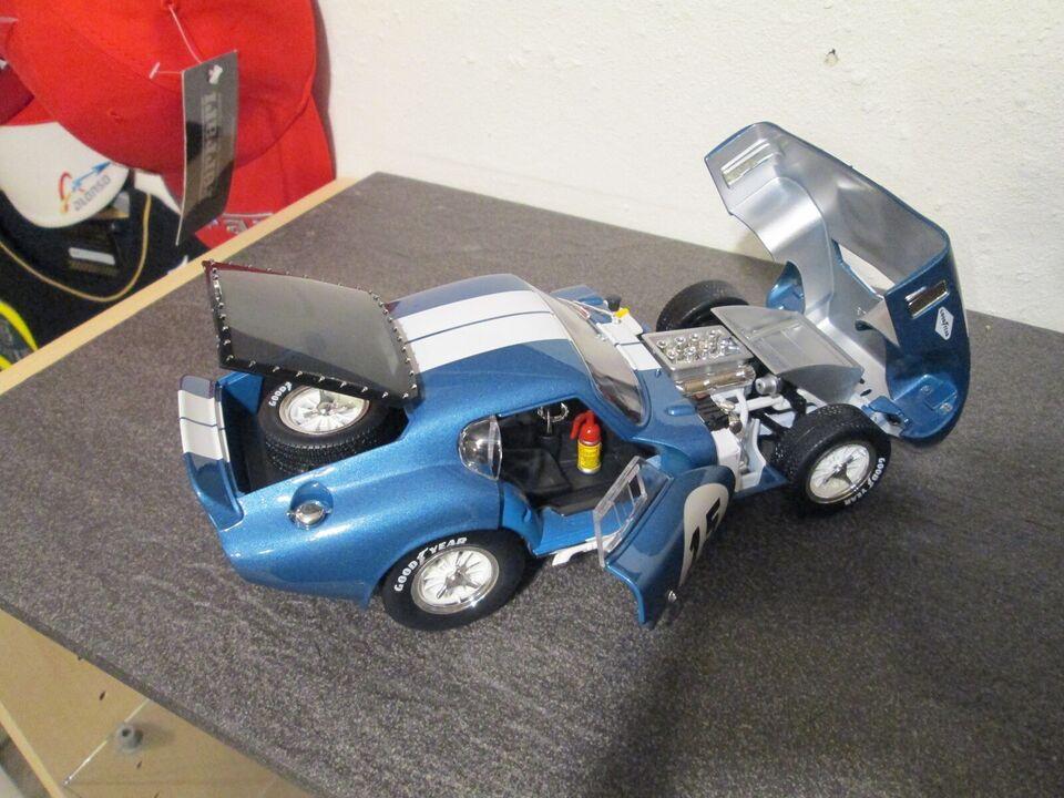 Modelbil, Shelby Cobra Daytona Yat ming, skala 1:18