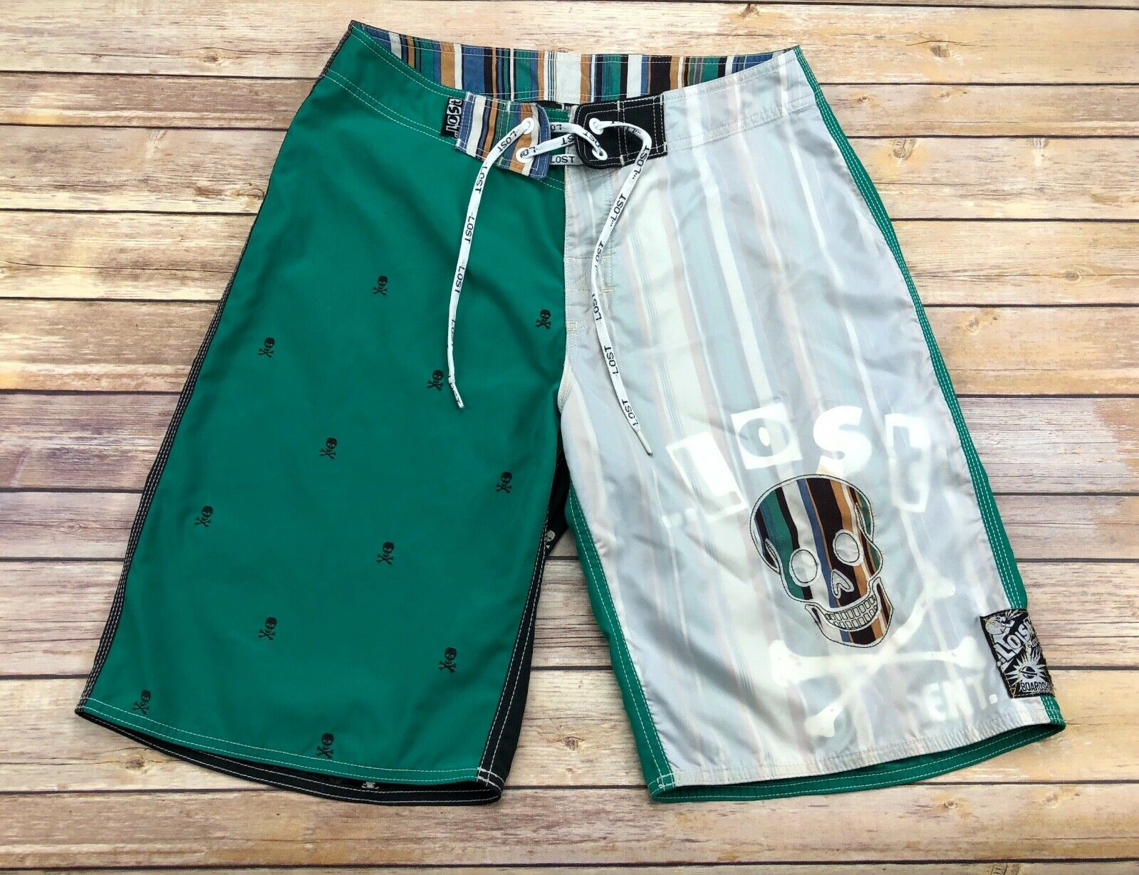VTG Lost Green Skull & Cross Bones Sheer Overlay Striped Skull Board Shorts 31