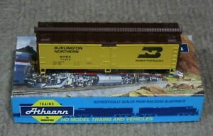 Athearn-HO-Scale-Burlington-Northern-40-Foot-Wood-Reefer-Car-Assembled-Kit-New