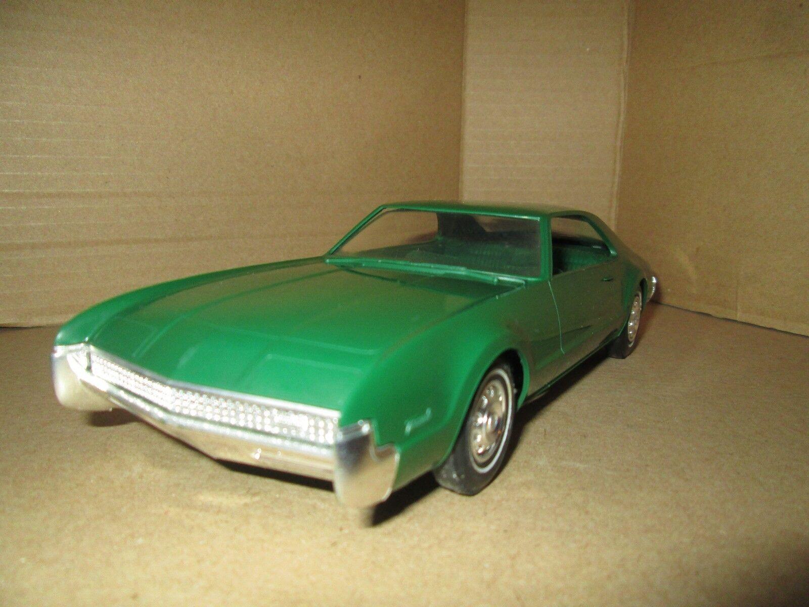 1967 Olsmobile Tornado Dealer Promo Pantalla Piezas 1 25 Loose Pantalla Pieza