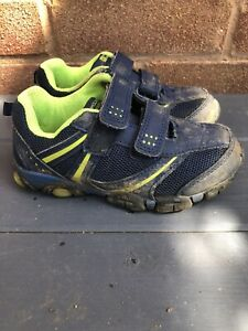 Mountain-Warehouse-Kids-Size-9-Blue-Outdoor-Shoes-Trainers-Messy-Play