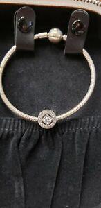 Details about Pandora Elegance Bracelet Gift Set USB6519