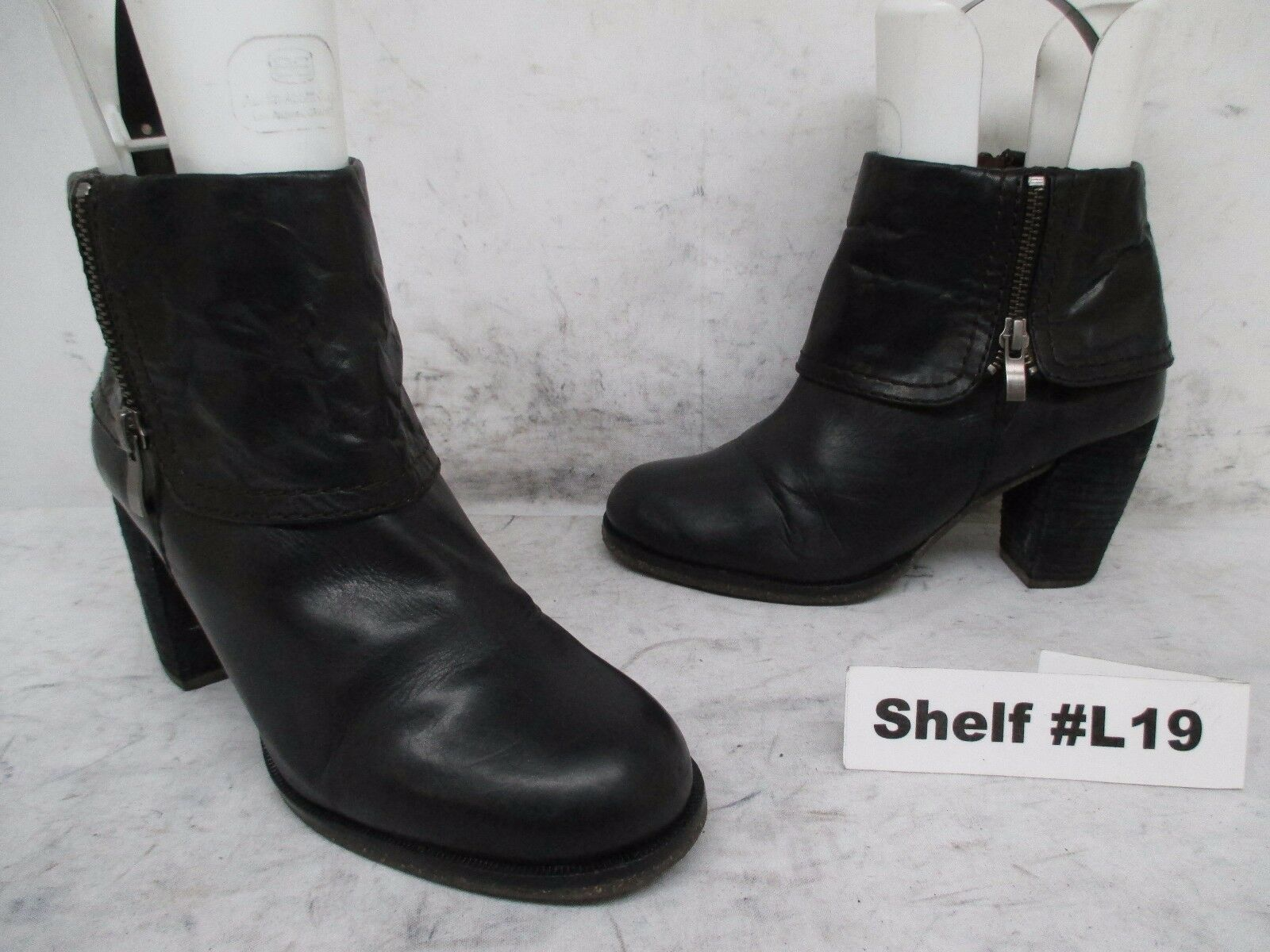 NAYA Black Leather Zip Fashion Ankle Heel Boots Size 6.5 M Style Lark