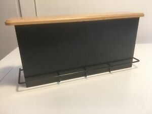 Tresen-mit-Holzplatte