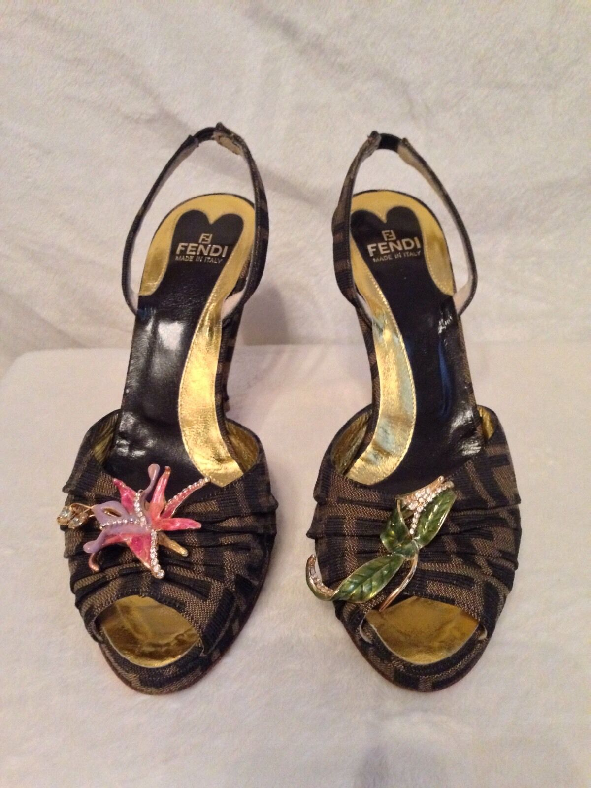 FENDI Dark Brown Monogram ENAMEL FLOWER Shoes Size 38.5, 8.5