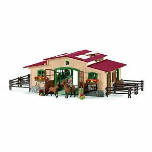 Schleich-42195-Stable-with-Horses-and-Accessories-2019-NIP
