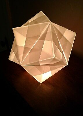 Modular Polyhedra from Waterbomb Base Units - Abstract Art | 400x286