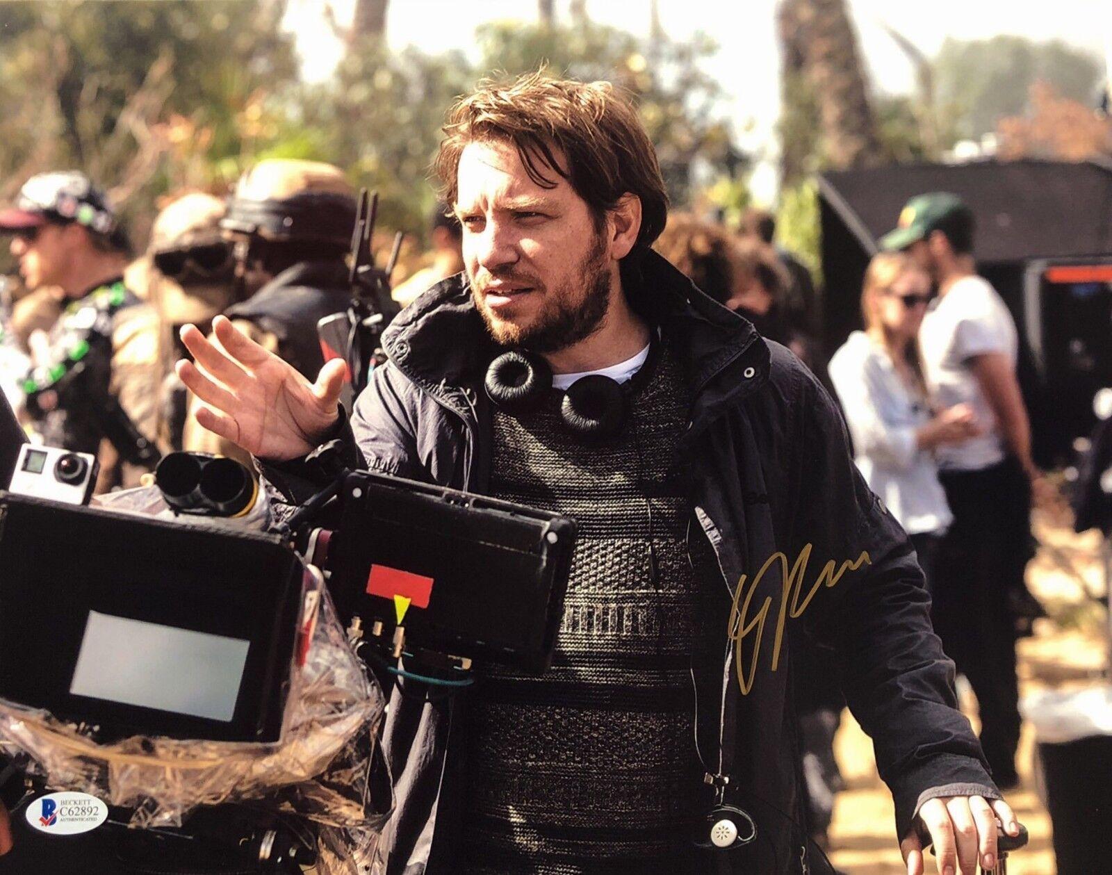Gareth Edwards Signed Star Wars 'Rogue One' 11x14 Photo Beckett BAS C62892