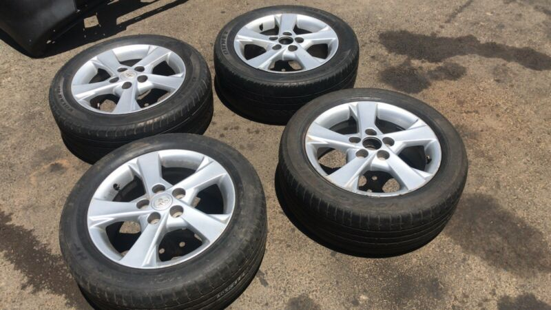 Toyota Corolla Professional 2nd Hand Alloy Mag Set with Tyres