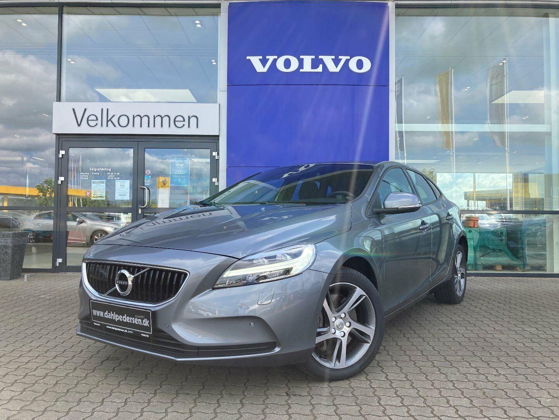 Volvo V40 2,0 D2 120 Momentum aut. 5d