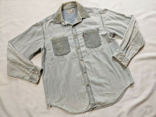 Vintage LEVI STRAUSS Light Blue Denim Shirt metal