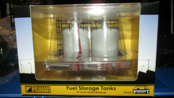 42-016 Scenecraft N Gauge Fuel Storage Tanks