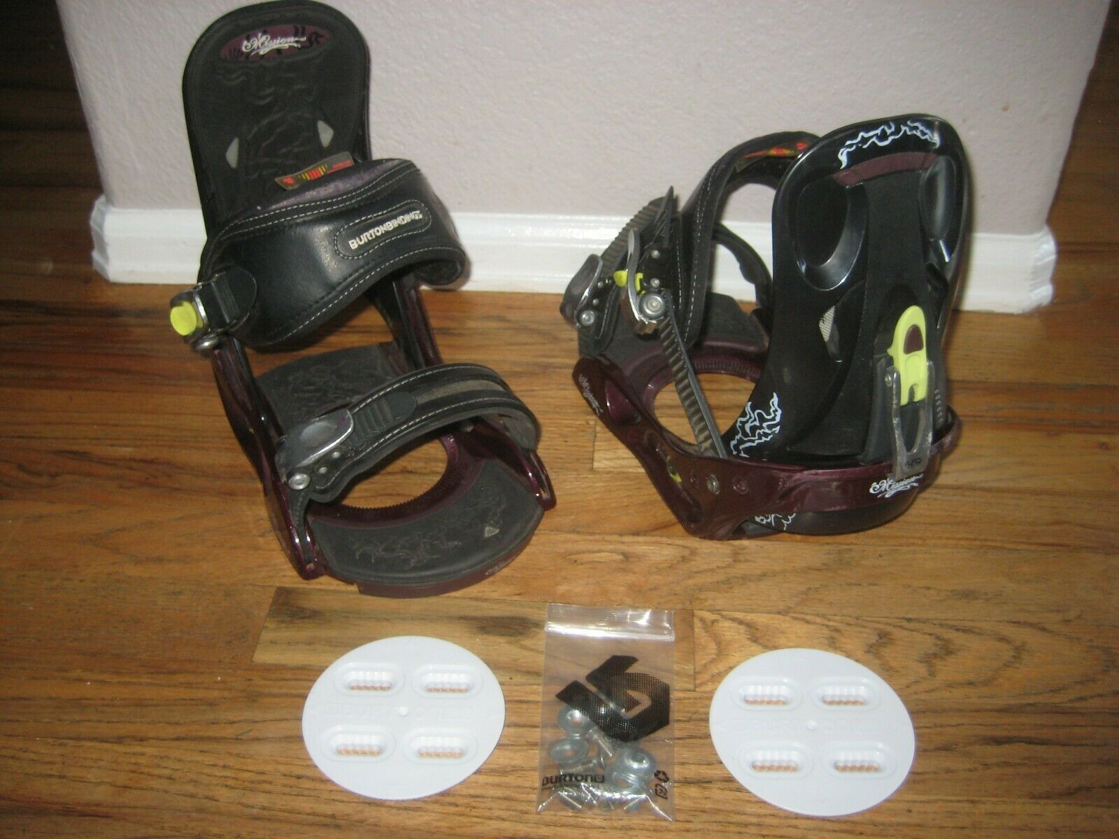 Women's Burton Mission Bindings. Size Medium Large