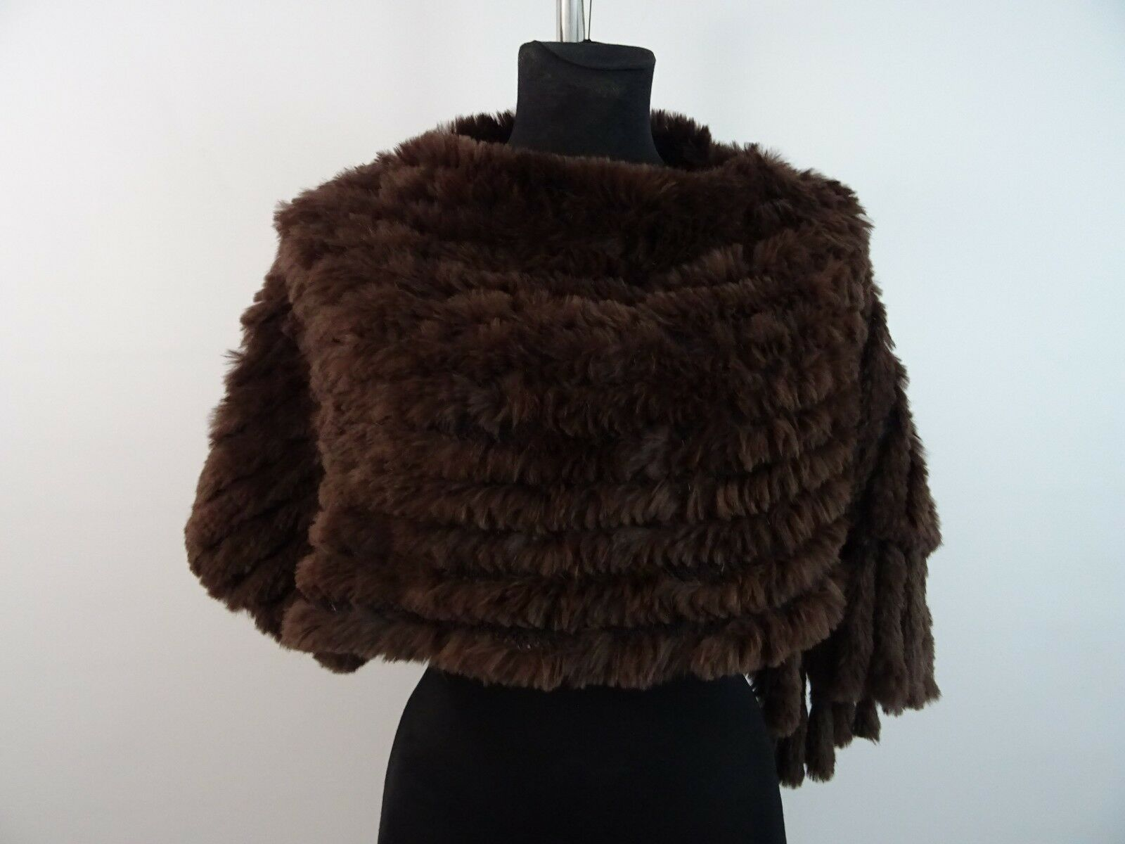 Mini Poncho aus Echtfell Pelzcape Poncho brown Pelz Real Fur Fransen One Size