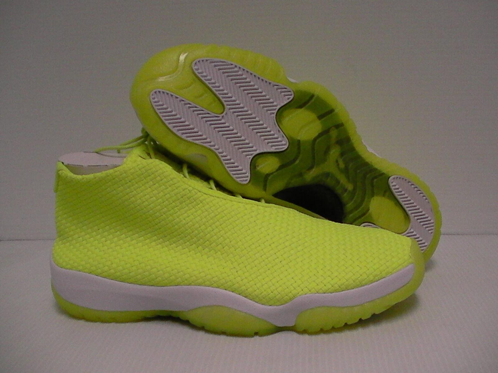 Mens Jordan future basketball shoes volt color size 10.5 new