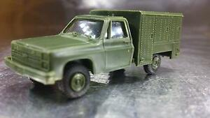 Trident-90052-US-Military-Transport-Vehicle-HO-1-87-Scale