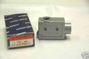 Honeywell-Microswitch-3PA3-Die-Cast-Zinc-Enclosure-for-BZ-Series-Switches-NOS