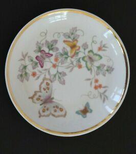 Vintage-1979-Avon-Porcelain-Trinket-Soap-Dish-Floral-Butterflies