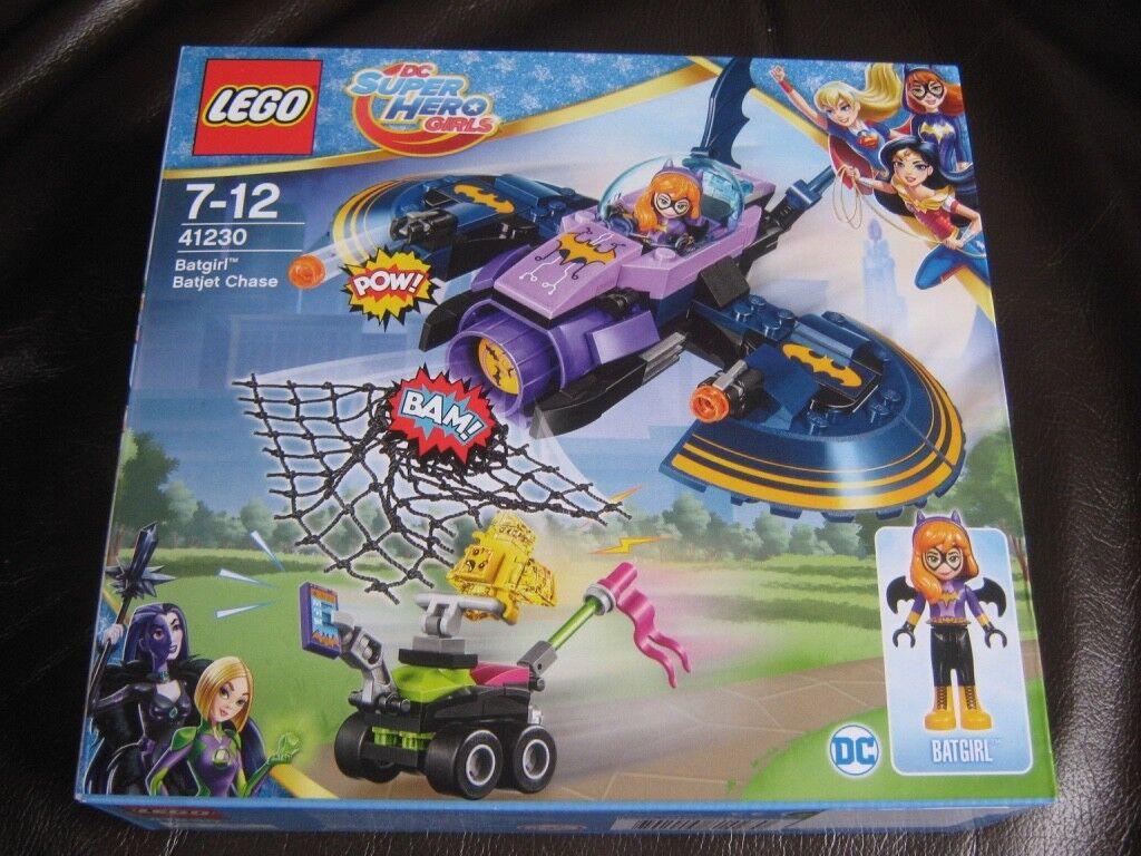 LEGO DC Super Hero Girls Batgirl Batjet Chase 41230 NEW