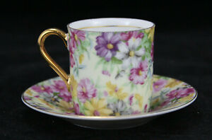 Royal-Crown-Porcelain-Tea-Cup-amp-Saucer-Set-Intricate-Floral-Design