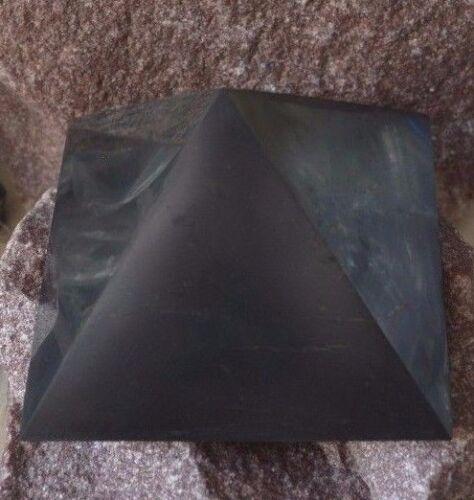 Shungite pyramid polished 100mm.3,94 inch.crystal health,der Pyramide Reinigung